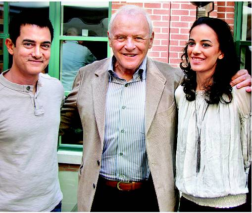 Aamir Khan, Sir Anthony Hopkins and Kriti Malhotra