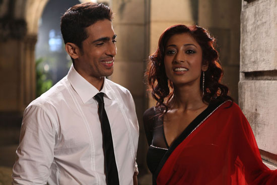 Gulshan Devaiah and Paoli Dam in Hate Story