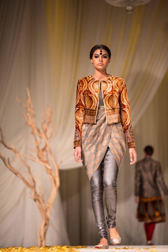 JJ Valaya 20th Anniversary Fashion Show