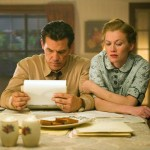Josh Brolin and Mireille Enos in Gangster Squad