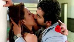 Pooja Salvi and Ayushmann Khurrana: A scene from the movie Nautanki Saala