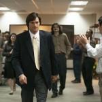 Ashton Kutcher nails the Steve Jobs walk in JOBS