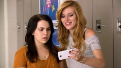 Mae Whitman and Bella Thorne in The DUFF