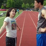 Mae Whitman and Robbie Amell in The DUFF