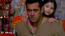 Salman Khan and Harshali Malhotra in Bajrangi Bhaijaan