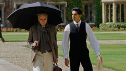 Jeremy Irons and Dev Patel in The Man Who Knew Infinity