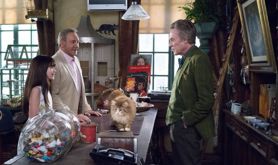 Malina Weissman, Kevin Space and Christopher Walken in Nine Lives